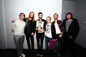 Cosmopolitan организовал встречу группы с их поклонниками