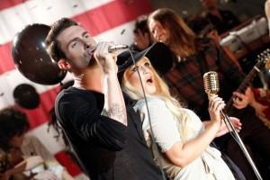 Maroon 5 попали в десятку самых скачиваемых синглов
